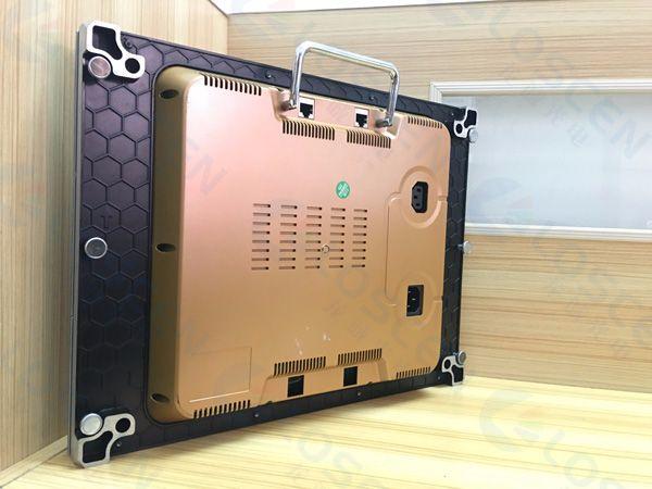 小间距LED显示屏实力厂家龙诚光电 更高清逼真的画面